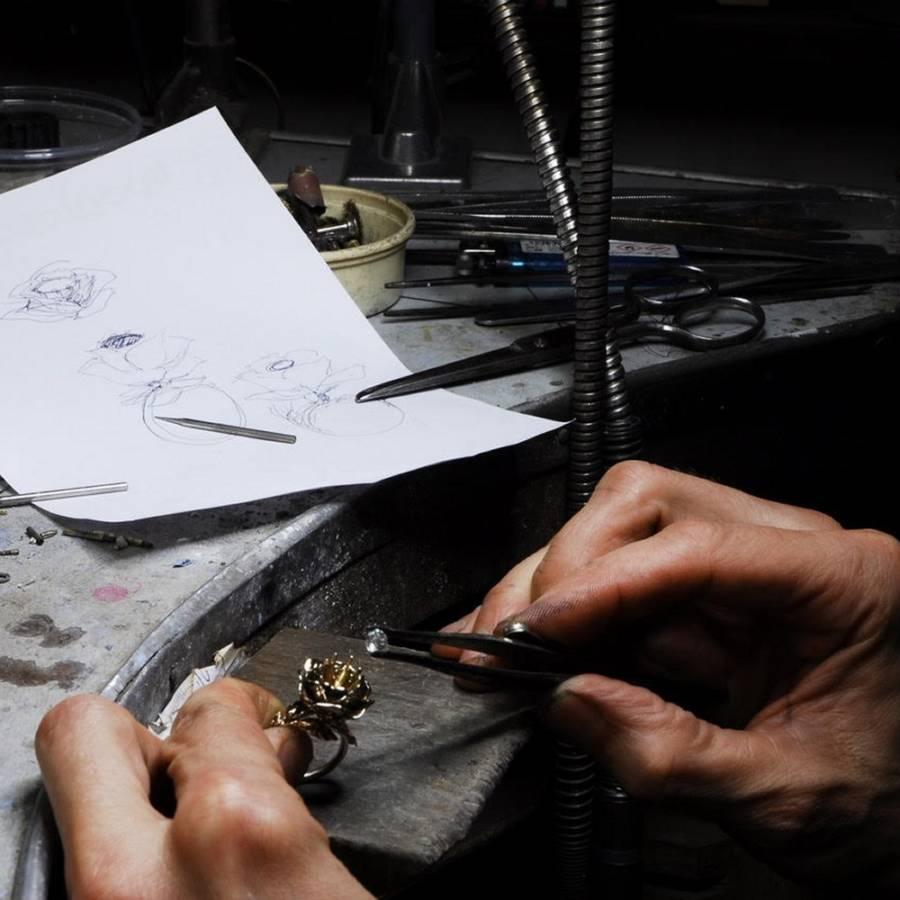 Richiesta - Anello su disegno di una rosa